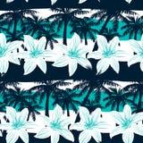 与棕榈和条纹无缝的样式的热带赤素馨花 库存图片