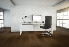 与棕色木地板和大窗口的现代办公室内部 免版税库存照片