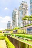 与植物的生态大厦外在部分的 图库摄影