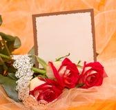 与横幅的玫瑰添加和镯子 免版税库存照片