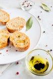 与橄榄油的Ciabatta面包 库存照片
