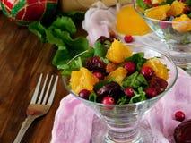 与橙色片断的水果沙拉 免版税库存照片