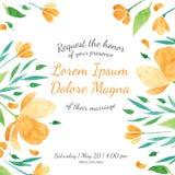 与橙色花模板的邀请新娘阵雨卡片 库存照片