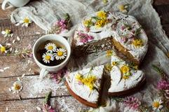 与橙风味的可口新鲜的自创饼,牛奶,黄油,鸡蛋 免版税库存图片