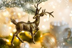 与欢乐装饰的圣诞节背景 库存图片