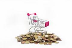 与欧洲硬币的抽象购物构成 免版税库存图片