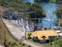 与氢结合的能源厂 库存图片