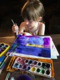 与水彩的女孩绘画 库存照片