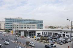 与汽车通行的Dabab Steet在老利雅得市,沙特阿拉伯01 1 库存照片