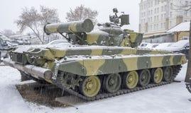 与汽轮机引擎的T-80B-The世界的第一辆连续坦克, 库存照片
