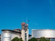 与沙文主义情绪下半旗的欧盟的欧洲人权法院 免版税库存图片