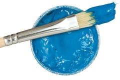 与油漆刷的蓝色油漆 免版税图库摄影