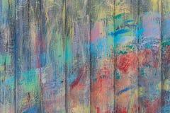 绘与油漆崩裂的老木板条 库存图片