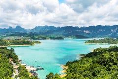 与海和风景的自然视图 免版税图库摄影