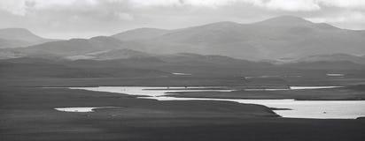 与海湾和荒野的苏格兰风景 刘易斯小岛 英国 免版税库存照片