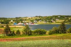 与海湾的风景在爱德华王子岛加拿大 库存照片