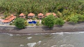 与海滩和旅馆,巴厘岛的海岸 库存照片