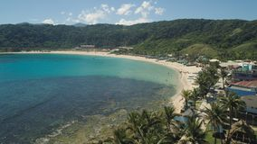 与海滩和海的海景 菲律宾,吕宋 免版税库存图片