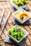 与海草和芝麻籽的Wakame沙拉 免版税库存图片