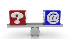 与消息问题和电子邮件标志的立方体在跷跷板 免版税库存照片