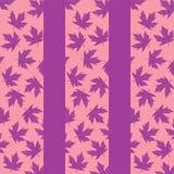 与淡紫色枫叶的背景 向量例证