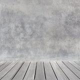 与混凝土墙的空的抽象内部 库存图片
