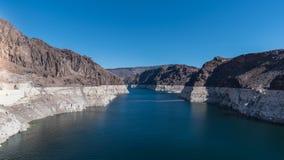与清楚的天空的胡佛水坝 免版税图库摄影