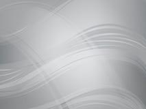 与清楚的波浪的轻和黑暗的银色抽象背景 免版税库存照片