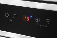与温度温度计细节的空调器显示 免版税库存照片
