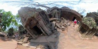 与游人的360VR塔布茏寺 免版税库存照片