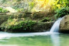 与瀑布的美好的风景图象在Saraburi,泰国 库存图片