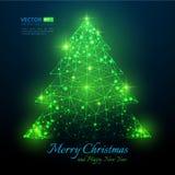 与火光的绿色多角形圣诞树圣诞快乐的 免版税库存图片