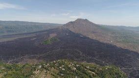 与火山Batur的山风景 股票视频