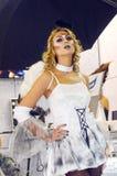 与火热的头发的Intercharm XXI国际香料厂和化妆用品陈列非常美好的少妇天使,有时髦的h的 免版税库存图片