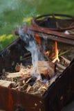 与火的mangal准备 图库摄影