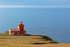 与灯塔的北部冰岛海运横向 免版税库存照片