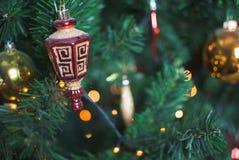与灯的圣诞节明信片 免版税库存照片