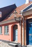 与灯笼的入口 免版税库存照片