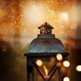 与灯笼的圣诞节静物画 免版税库存图片