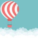 与热空气气球的背景 免版税库存照片