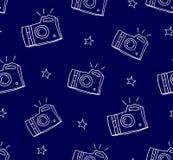 与照相机和星的夏天样式 纺织品和包裹的装饰品 向量背景 库存照片