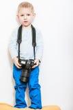 与照相机的小男孩戏剧 免版税库存照片