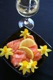 与熏制鲑鱼的开胃菜 库存照片