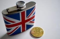 与熟悉内情的烧瓶的Bitcoin 库存图片