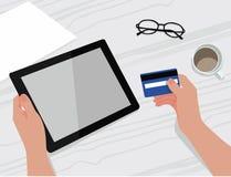 与片剂智能手机交易网店平的设计的信用卡 皇族释放例证