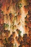 与片状油漆的老生锈的金属 库存图片