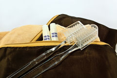 与牙刷的旅行袋子 免版税库存照片