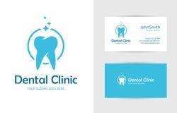 与牙的牙齿诊所商标 免版税图库摄影