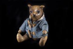 与牛仔裤夹克的玩具熊 库存图片