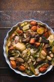 与猪肉和羊羔和菜自由空间的现成的kasul 库存图片